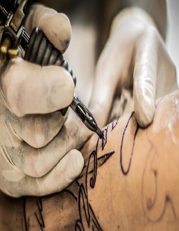 tatuaggi rischi salute